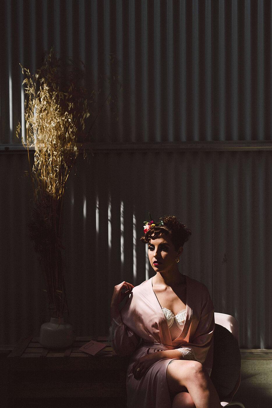 roma-organizacao-eventos-editorial-mid-century-modern-wedding-in-a-strawberry-field-02